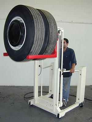 Tire-Lift-Heavy-Duty-Lift-Shop-2